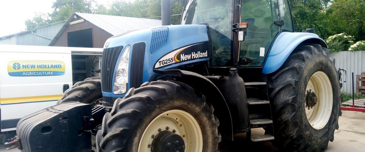 Traktor New Holland TG 255