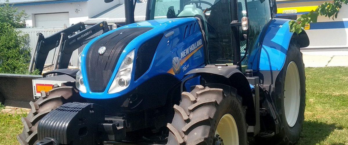 Traktor New Holland  T6.145   Dynamic Command